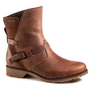 Teva De La Vina 7.5 Distressed Waterproof Leather